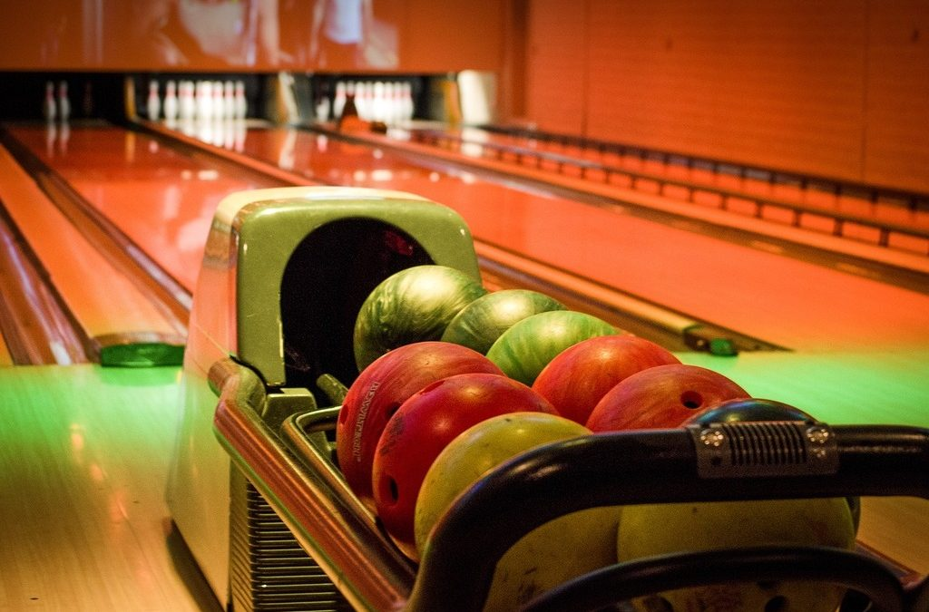 International Plaza eyes two-story bowling alley and movie theater expansion